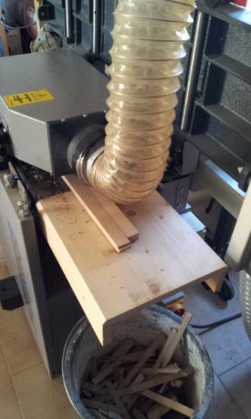 fabrication du plancher et du dessus de l'armoire en lamellé collé