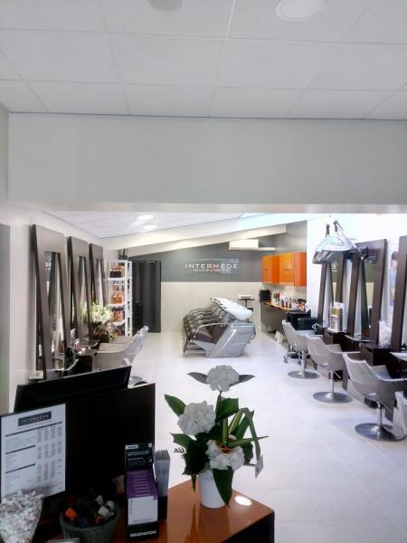 Réalisation du salon de coiffure INTERMEDE de l'Isle Adam